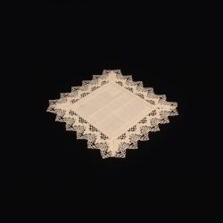Ubrus s paličkovanou krajkou tkaný do špiček